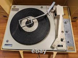 Vintage Ge General Electric Wildcat Record Player Portable Stereo Turntable