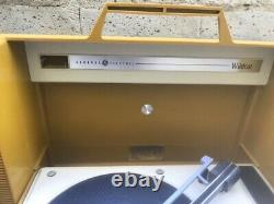Vintage Ge General Electric Wildcat Record Player Portable Turntable Stéréo Used