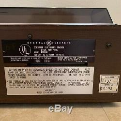 Vintage General Electric Ge Automatique Cassette Changeur Pont Radio Super Rare