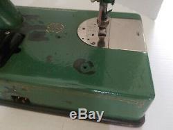 Vintage General Electric Sewhandy Machine À Coudre Émail Vert Runs Et Coud