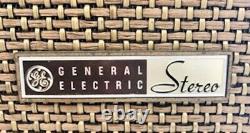 Vintage General Electric Stéréophonique Radio Am / Fm, Vers L'année 1960 Modèle T1025