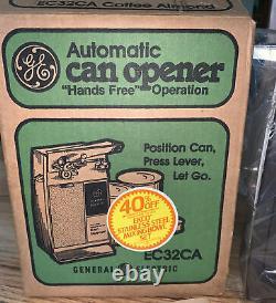 Vintage New Non Utilisé Old Stock General Electric Can Opener Ec32ca Avec Boîte Amande