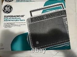 Vintage Superadio III 3 General Electric Ge Long Range Am/fm