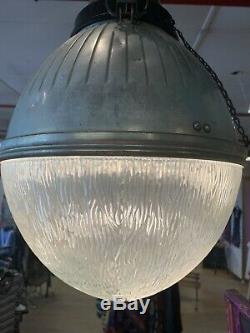 Vtg Fonte Ge Holophane Éclairage Public Ombre En Verre Industriel Acorn