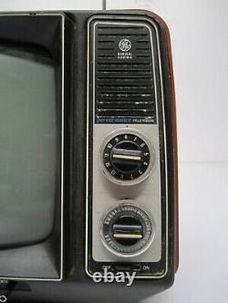 Vtg General Electric Ge Performance Télévision Portable 12xb9104t Rouge 11.5