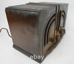 Vtg General Electric K-53-m Art Déco Tube Radio Boutons En Bois Cabinet Tissu Cord