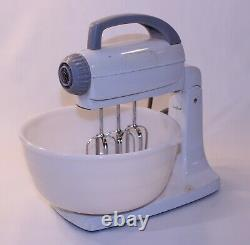 Vtg General Electric Kitchen USA MCM Stand Mixer 10 Vitesse 3 Beater Ge Whip 123m9
